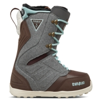 32 LASHED WOMENS SNOWBAORD BOOT S18